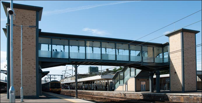 Cambridge station's new footbrige with lifts in each tower