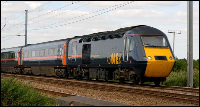 GNER HST on the up line at Conington in 2007