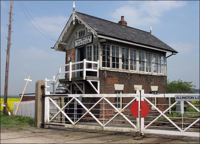 Allington Junction Great Northern signal box in 2005