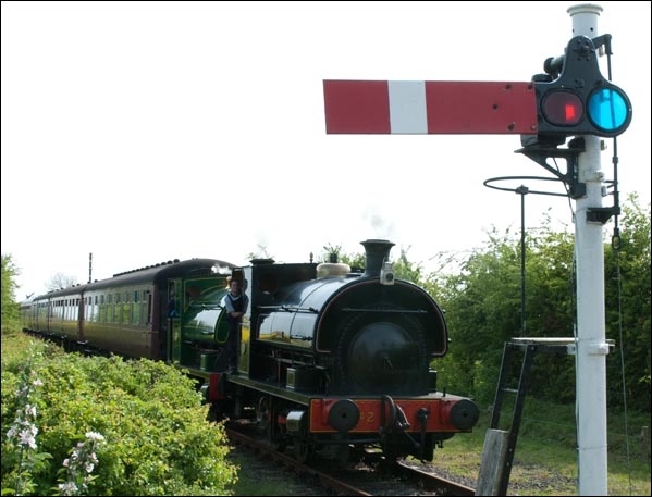 Two Peckett 0-4-0s into North Thoresby station