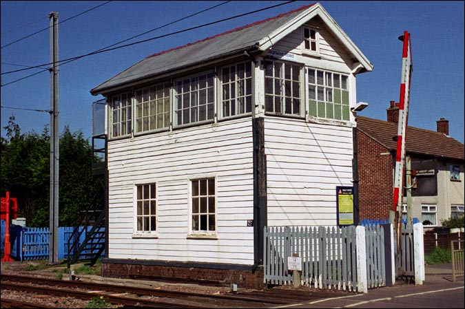 Magdalen Road signal box in 2004