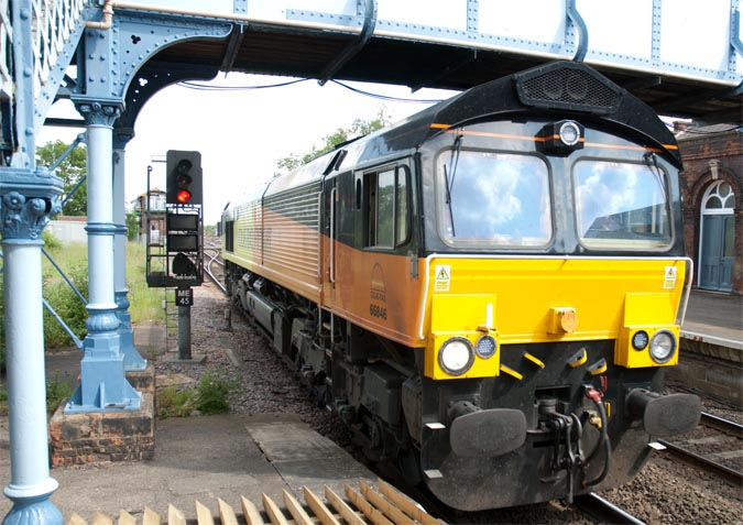 Colas Rail class 666846 at March station
