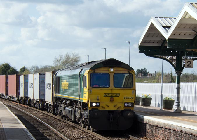 Feightliner class 66590