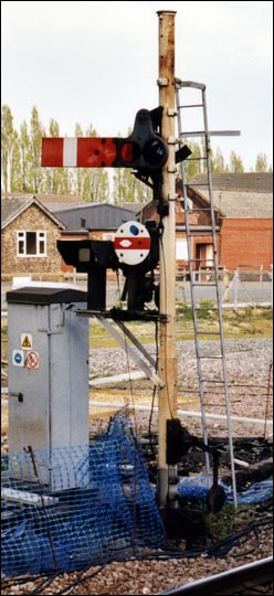 Signal near footbridge on platform 2 at March Station in 2002