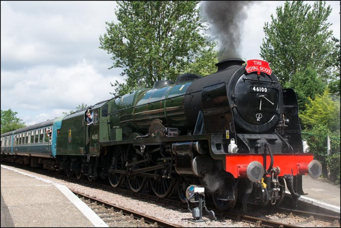4-6-0 46100 Royal Scot