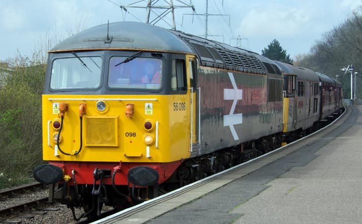 UKRL class 56098 LostBoys 68-88 and class 31271