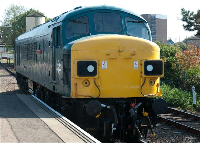 Class 45060 Sherwood Forester at the Nene Valleys Peterborough station on Friday 30th of September 2011