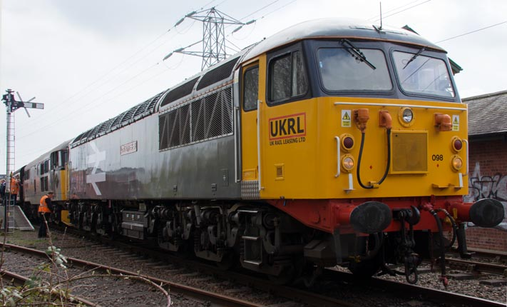 UKRL class 56098 and class 31271