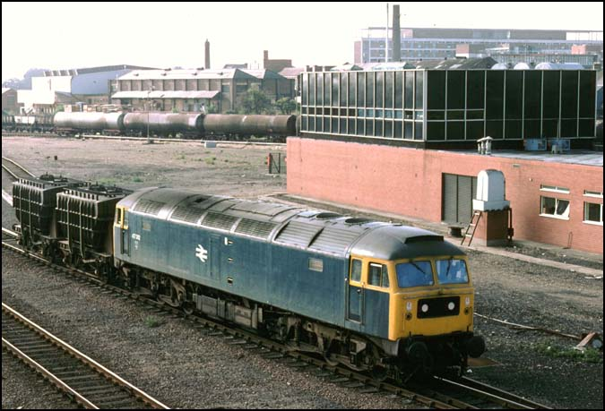 class 47 with two fly ash wagons
