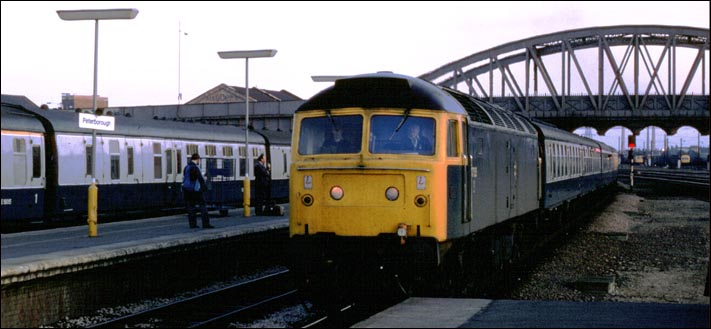 A class 47 comes into platform 3 at Peterborough