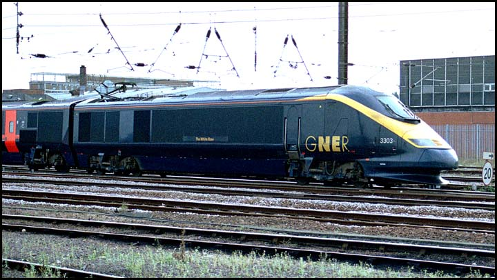 GNER 3303 on The White Rose just to north of Peterborough station in 2003