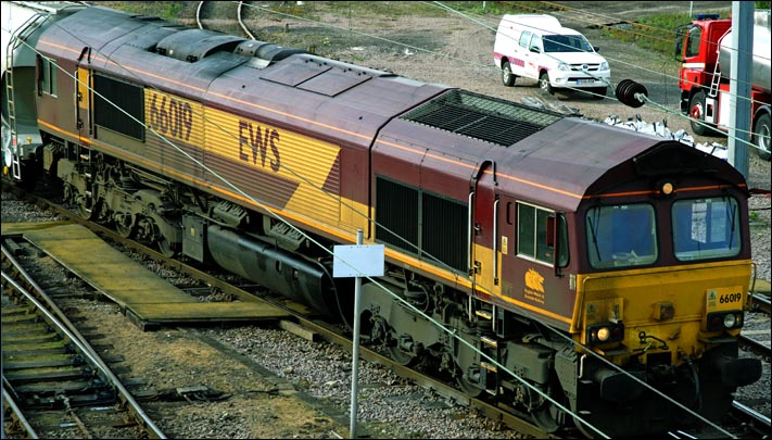 EWS class 66019 on the 17th of May 2010 coming out of Westwood Yard