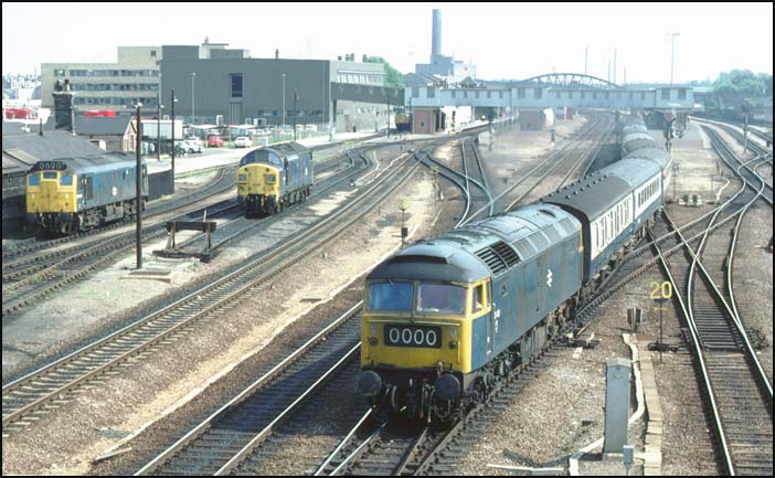 Class 47 out of Platform 4 at Peterborough station