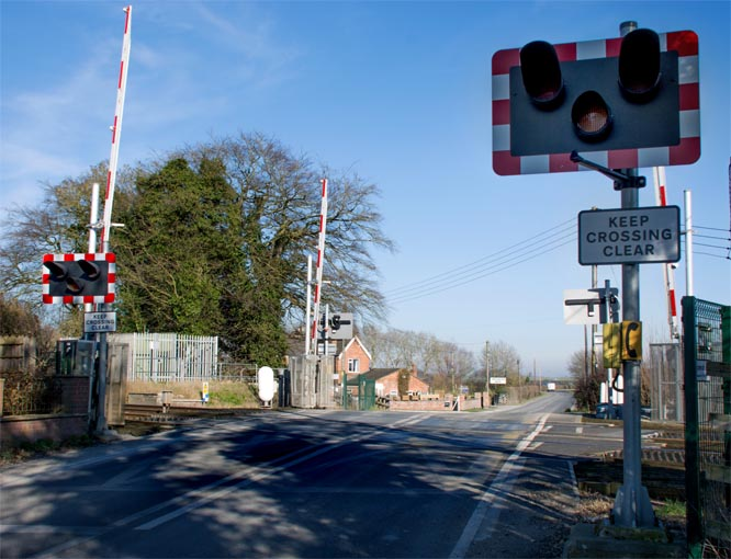 Scopwick  road crossing 25-2-2019