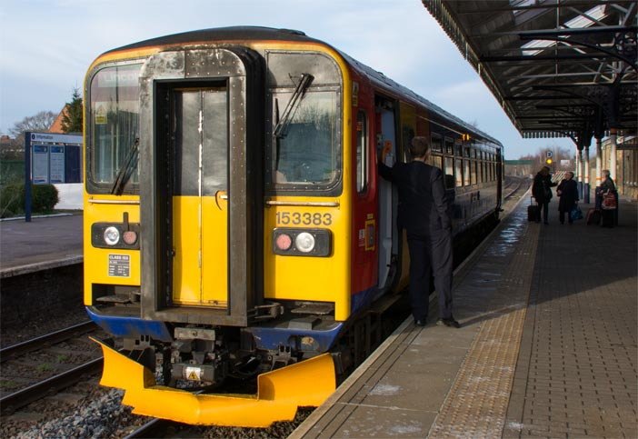 East Midland Trains class 153383