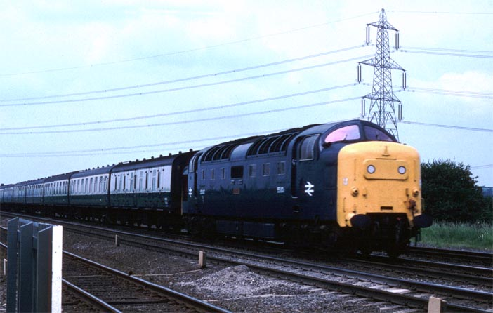class 55 Deltic at Temsford