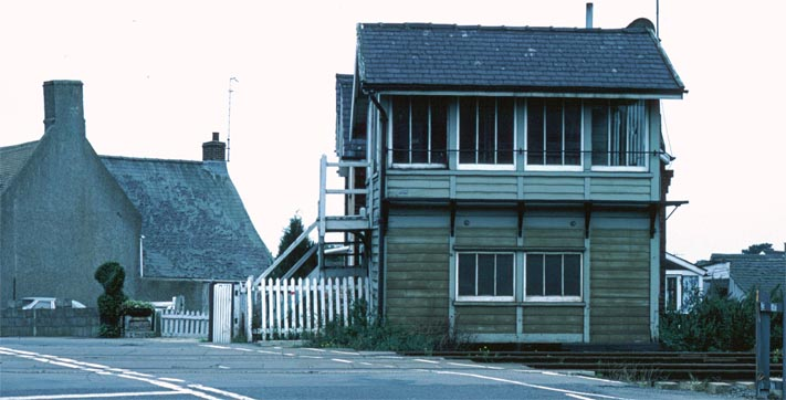 Welland Bridge signal box after the line closed