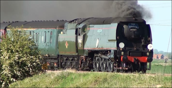 Tangmere 34067 with the return leg of The Fenman
