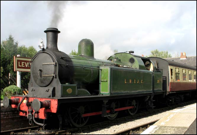 L.H & J. C tank no. 29 on the NYMR in 2006