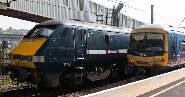 East Coast class 91118 and First Capital Connect 365528