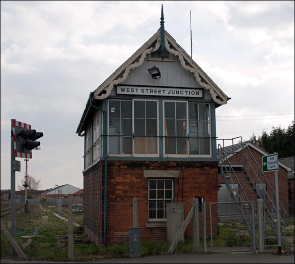 West Street Junction signal box in 2007