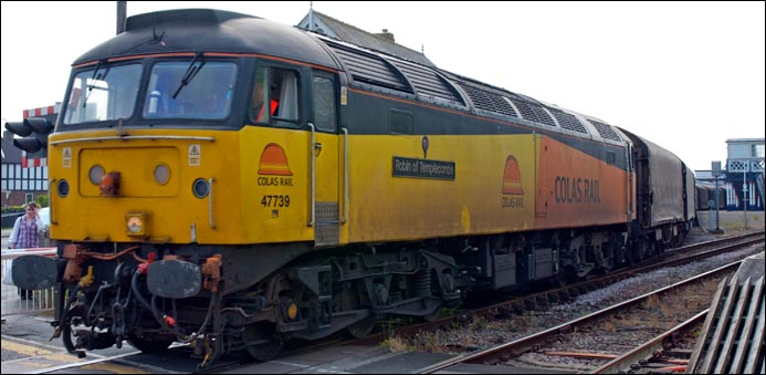Colas class 47 739 Robin of Templecombe at Sleaford station