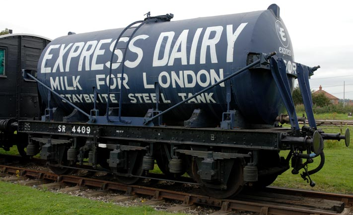 Express Dairy Milk Tank wagon